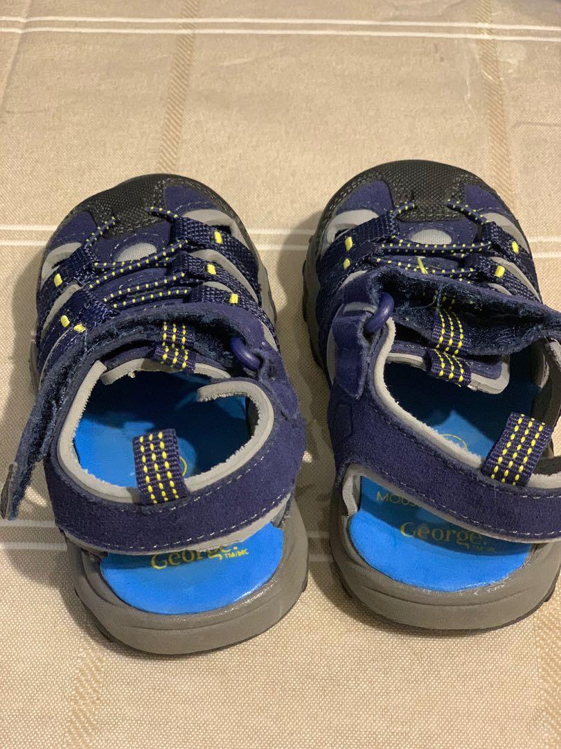 GUC infant boys George memory cushion sandals sz 5
