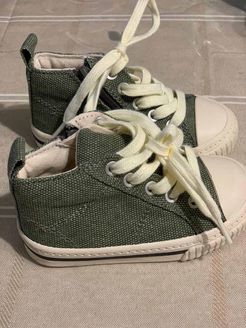 GUC Zara infant boys high top shoes sz 20