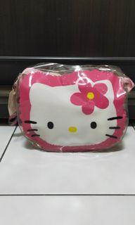 Hello Kitty 凱蒂貓毛帽圍巾組