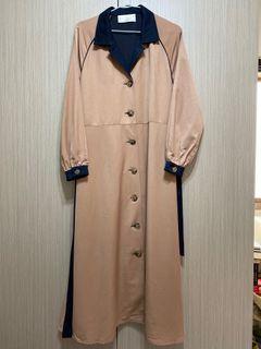 全新/韓貨韓國製lamagie珊瑚粉拼接深藍色腰部綁帶長袖長洋裝可當風衣