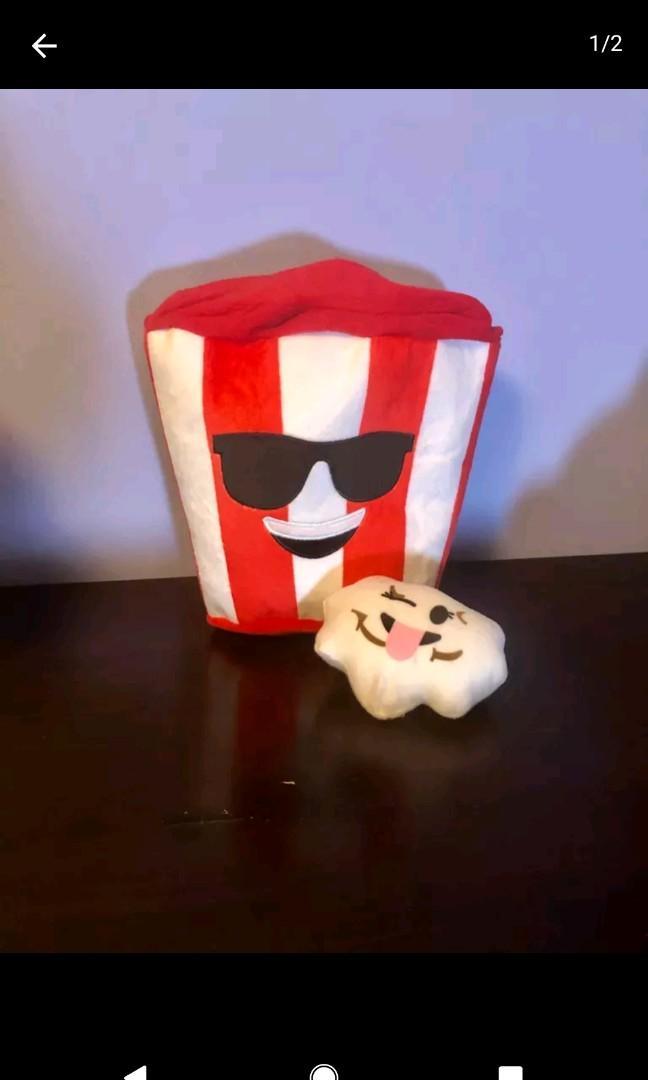 Plush Popcorn & Kernel