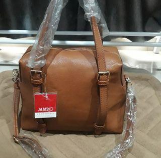 Sling bag/Hand bag