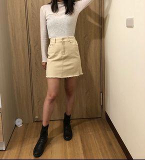 杏色短裙(腰圍約32)
