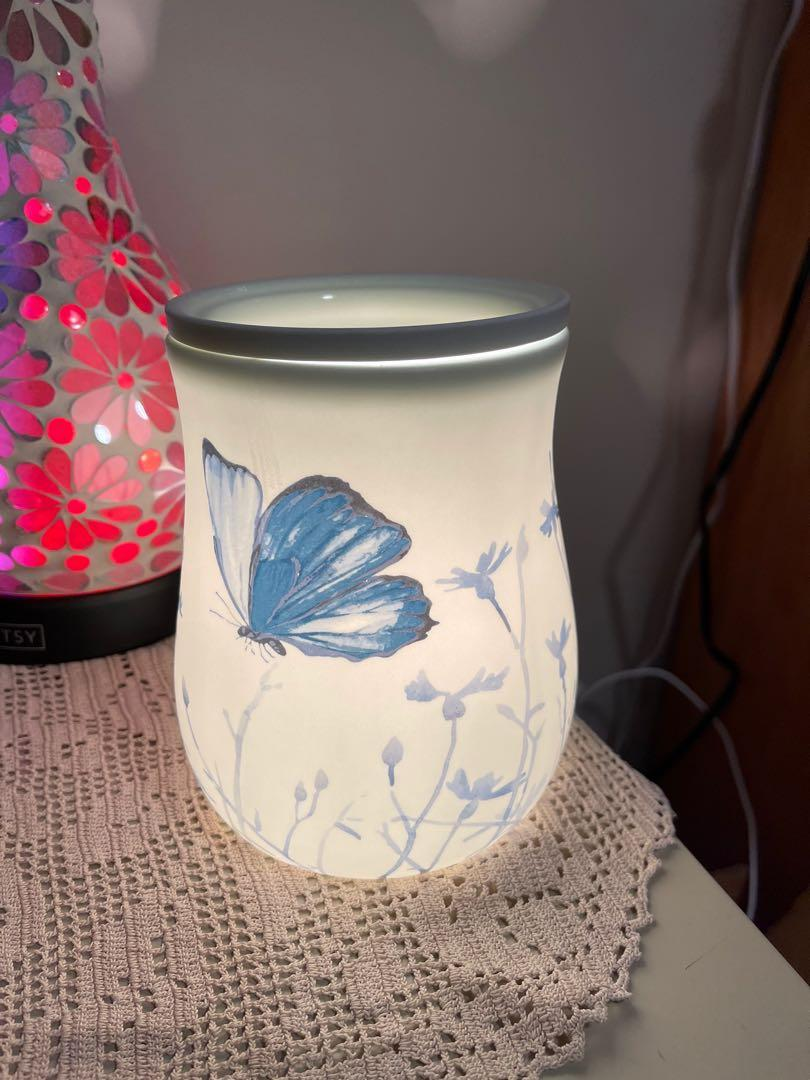Brand new in the box Scentsy warmer