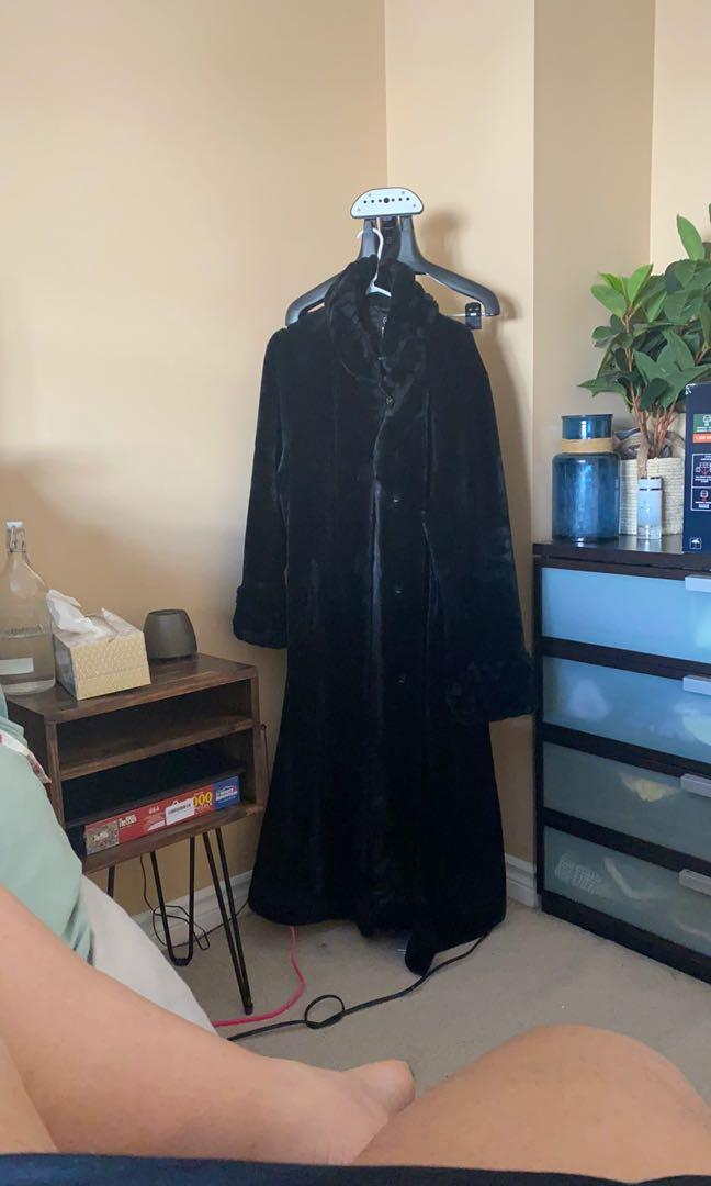 Faux Fur black Coat Size L/XL