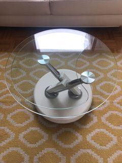 Nesting coffee table with two side tables