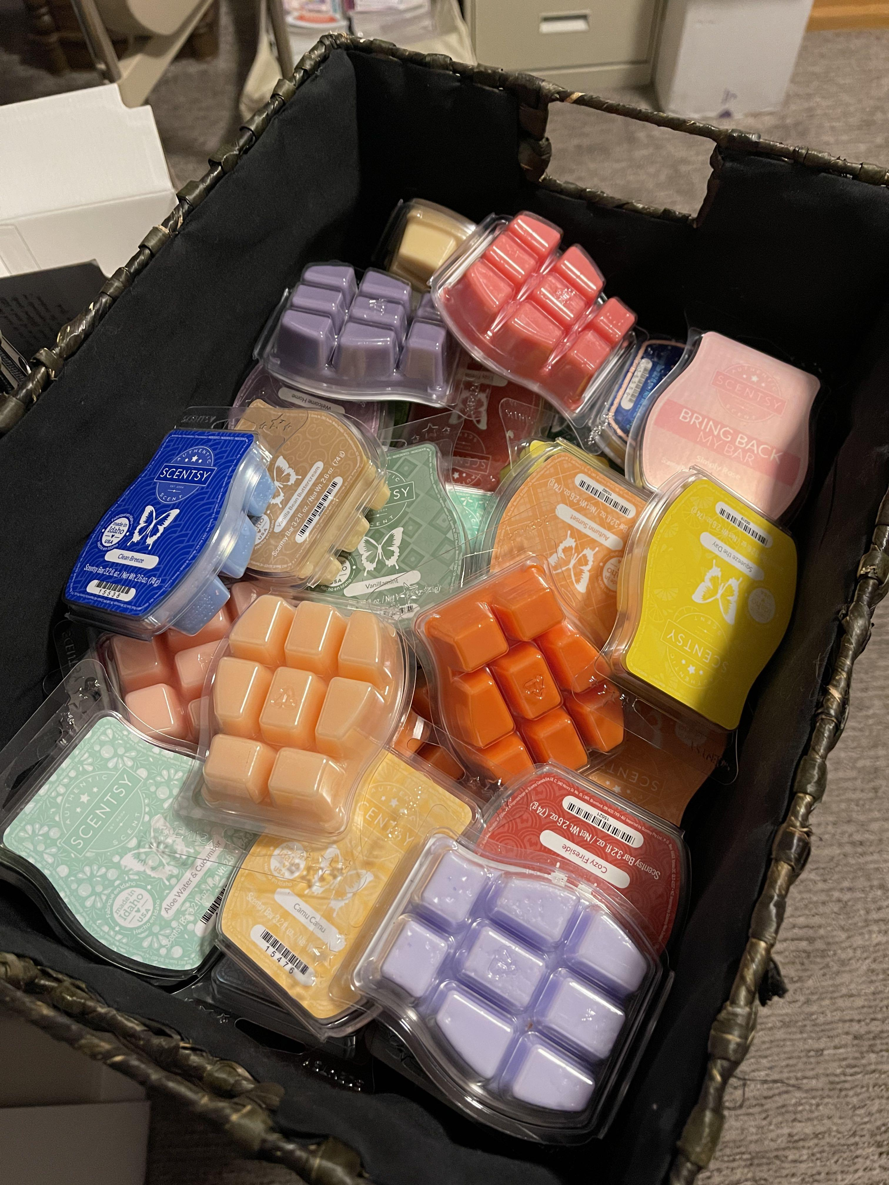 Scentsy Wax bars 10 cubes in one package