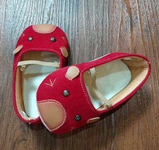 Sepatu Merah Freddie The Frog