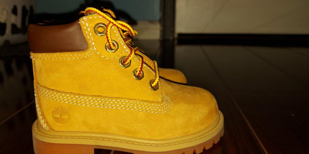 Timberlands (size 6)