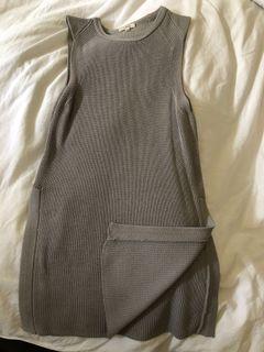 Wilfred Sleeveless Sweater w/ Side Slits