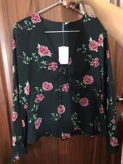 Forever 21 Long Sleeve Floral Print Top