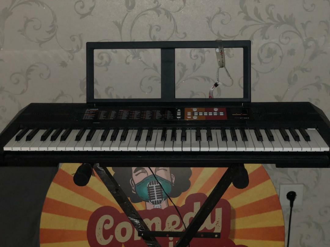 Keyboard Yamaha PSR F51