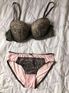 Pakaian Dalam Wanita / Underwear Pink Color