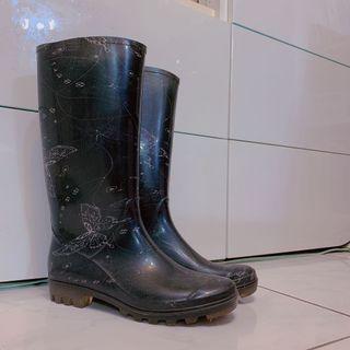 [大出清]黑色女生雨鞋
