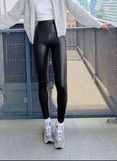 Aritzia Wilfred leather pants