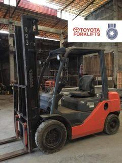 CERTIFIED USED (SILVER) Toyota Diesel Forklift 2.5 tons 62-8FD25 Counter Balance Forklift