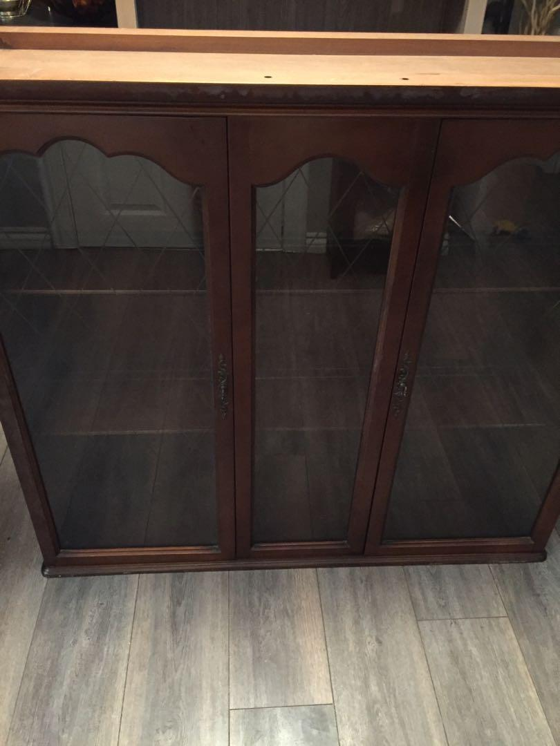 China cabinet hutch - top only