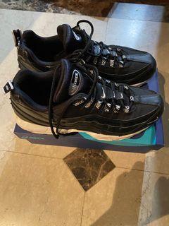 Nike air max 95 黑白串標 sportswear