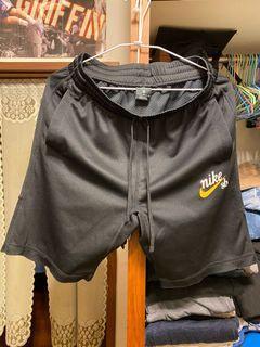 Nike sb 透氣短褲