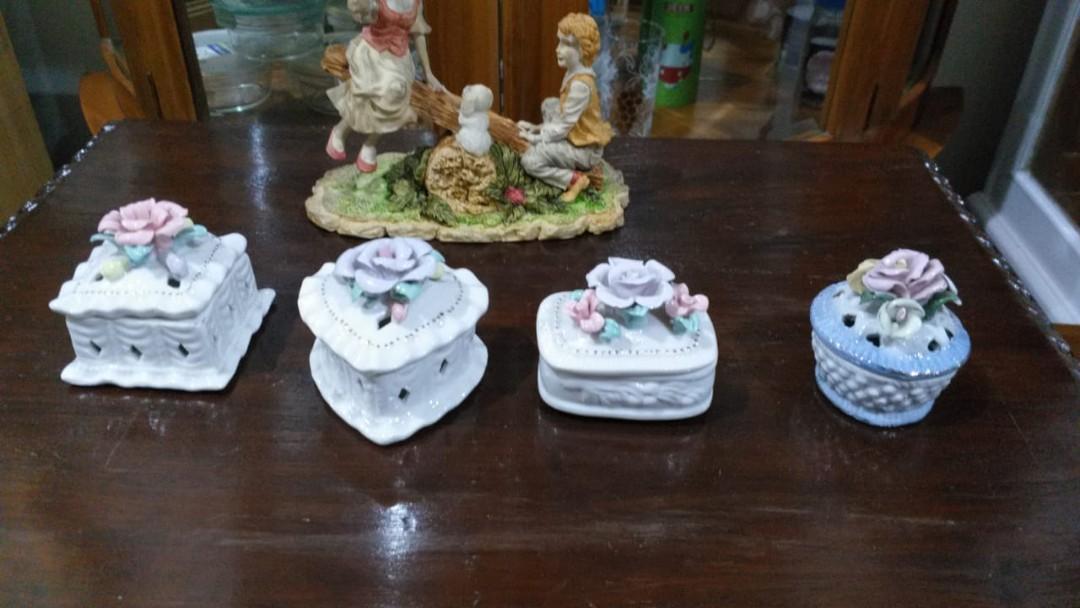 Pajangan keramik