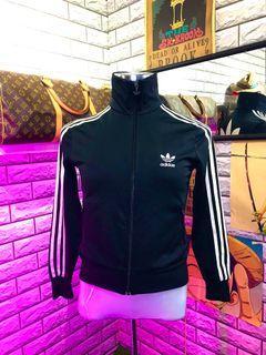 Adidas Sweater (offer best price)