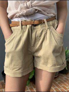 Baige Hot Pants
