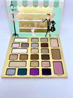 Too Faced ✨Limited Edition✨ Christmas in New York The Chocolate Shop Palette