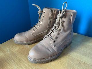 Aldo Combat Boots Size US 9