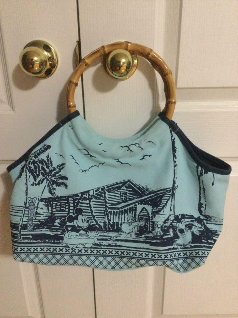Disney Mickey Mouse and Mini Mouse in Hawaii bag.EUC.