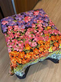 Sale Gucci Flower Shawl