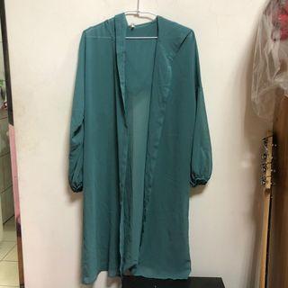 藍綠色長版連帽雪紡罩衫🌼