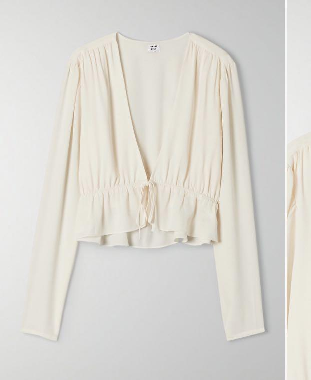 Aritzia Sunday Best Cropped Tie Front Blouse