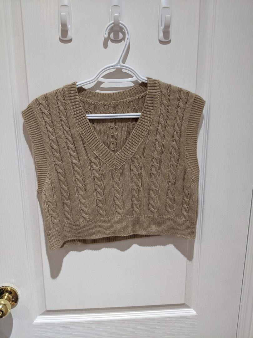 Cropped Sweater Vest Size Small