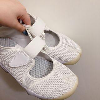 降價售!Nike Air Rift日本代購 白色 忍著鞋 25可議