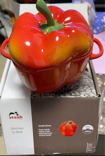 Staub Ceramic Pepper Cocotte x 2