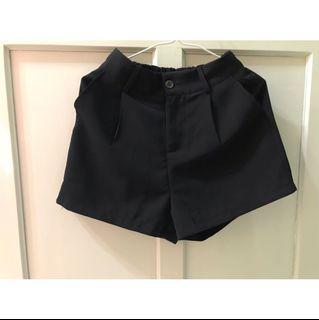 (全新)基本款鬆緊褲頭西裝短褲
