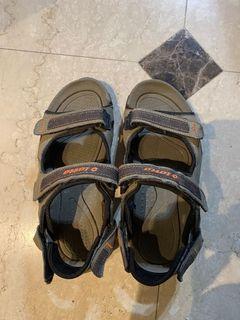 Lotto 涼鞋 + adidas拖鞋
