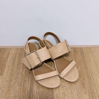 二手S號22-22.5cm可穿氣質低跟鞋