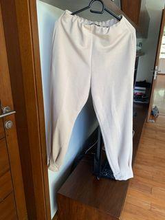 Zara beige lounge pants
