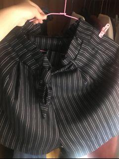 條紋短褲 西裝短褲#water