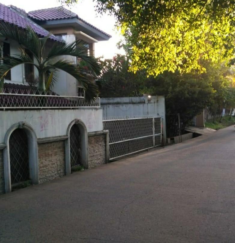 Jual Rumah Bintaro Sektor 3 A pondok Aren dekat Mall Bintaro Plaza