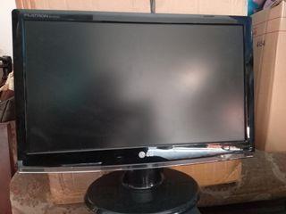 PC Desktop Core 2 Duo + Monitor LG 16inch