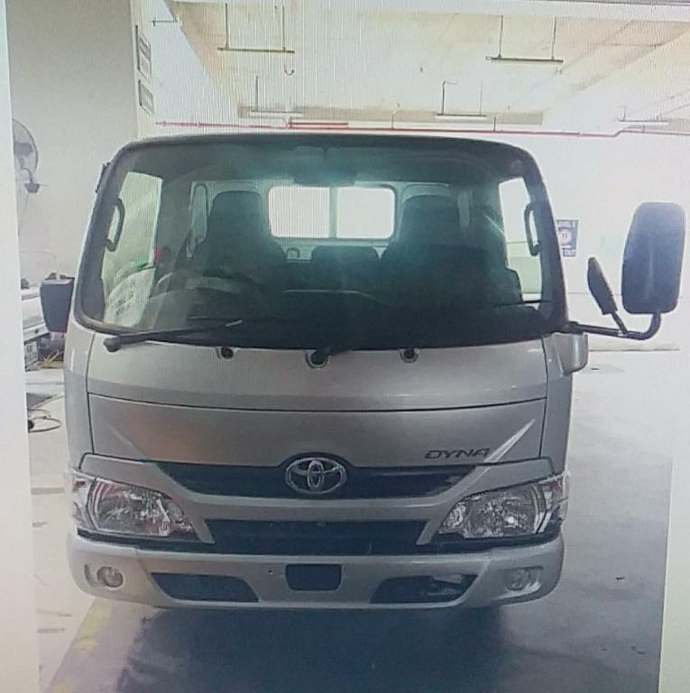 Toyota Dyna 10ft Lorry for Lease (Daily / Week / Month)