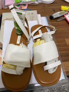 正韓造型涼鞋
