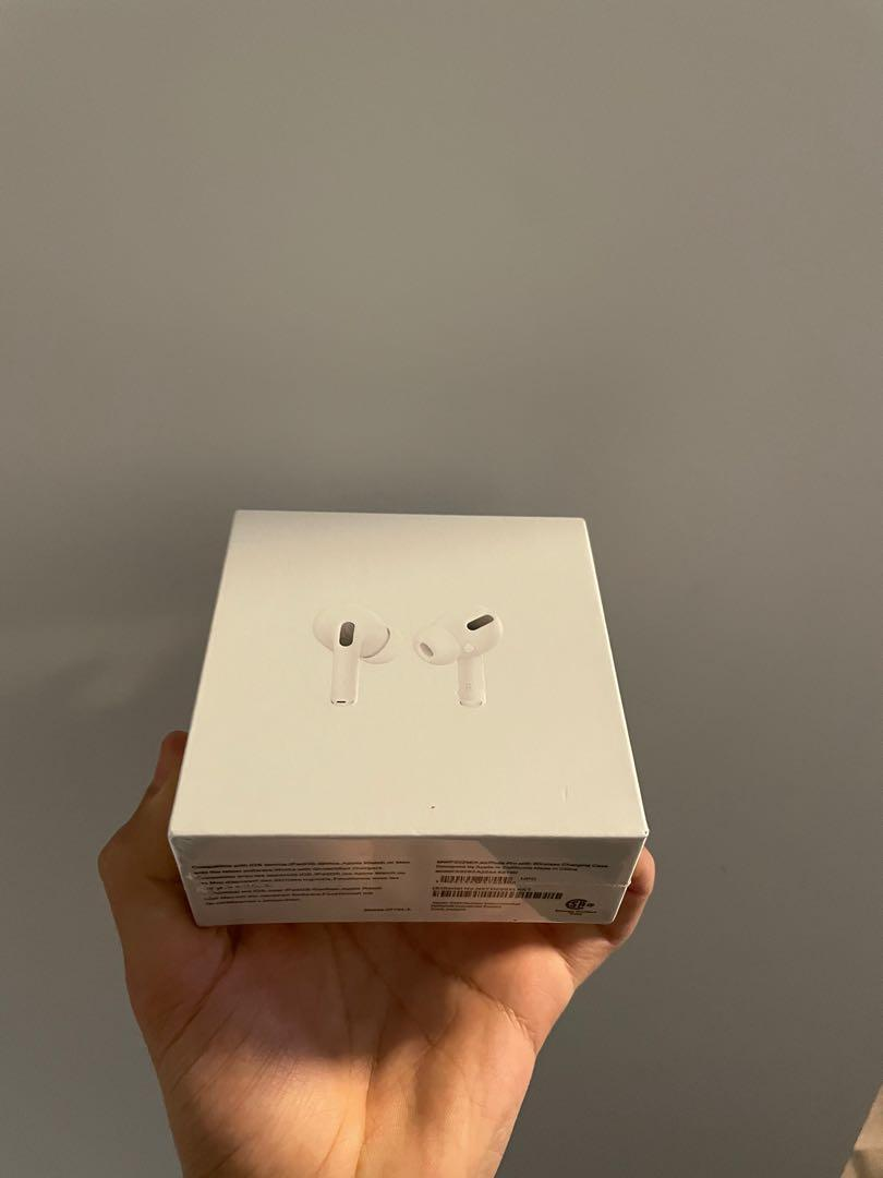 Airpods pro With wireless charger