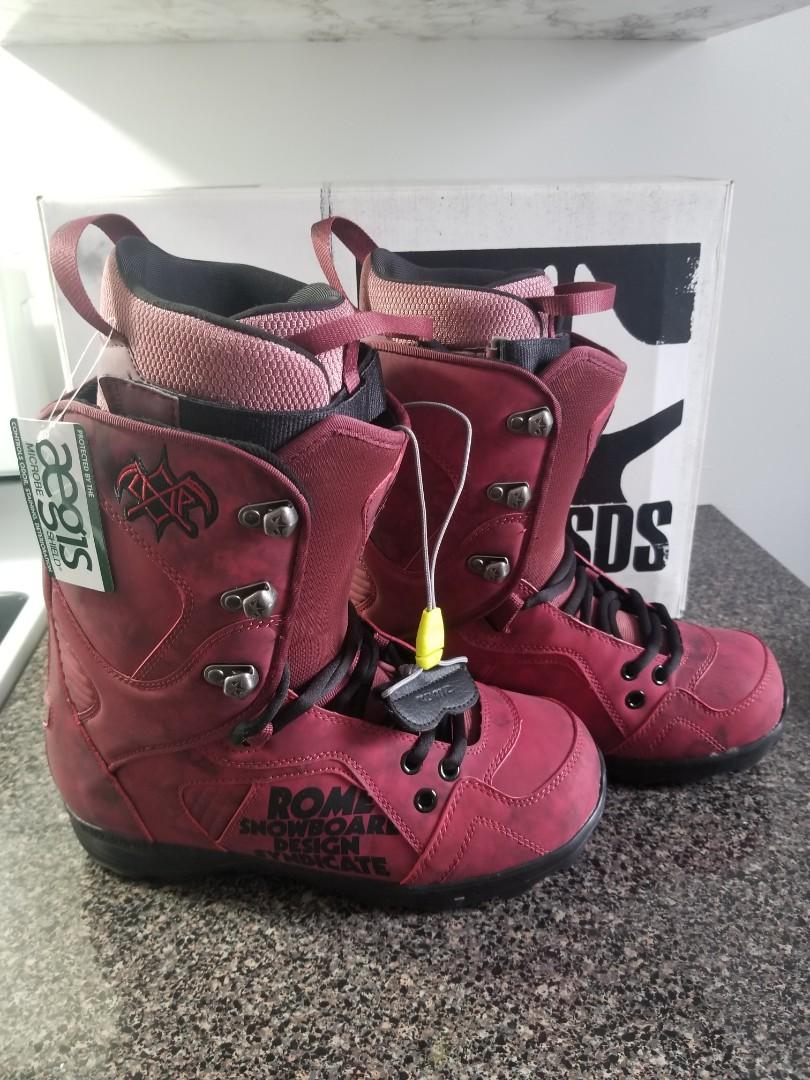 New Rome SDS snowboard boots size 9