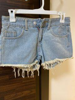 低腰牛仔熱褲