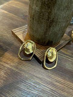 全新 不規則金雙圓耳環