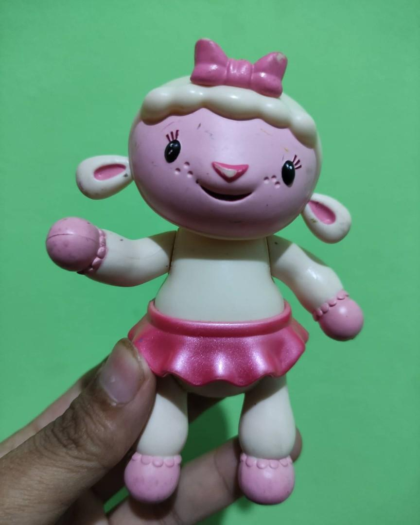 Figure Domba Cantik Lambie Disney