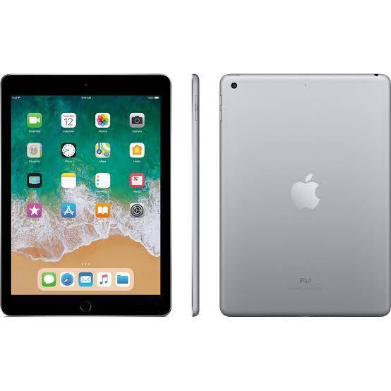 iPad 6th Gen, 32GB, Space Grey